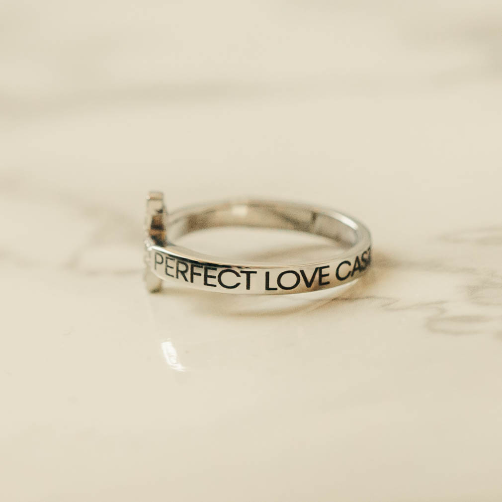 Perfect Love Casteth Out Fear Rhinestone Cross Ring - ST-SWC-PFTLVE
